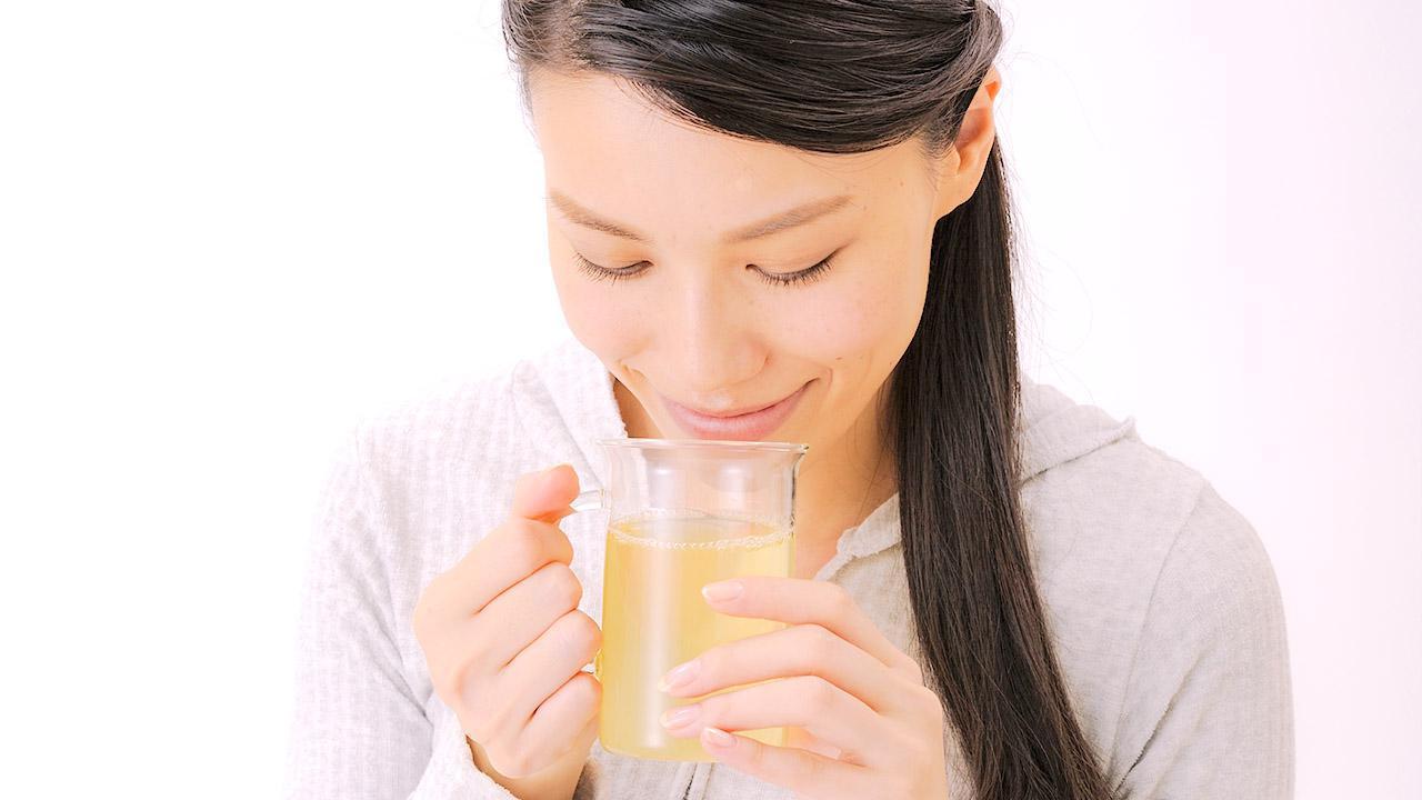 画像: 【ドクダミ茶の効果】抜群のデトックス作用 鼻水・鼻づまりを改善 空腹時に飲むとより効果的 - かぽれ