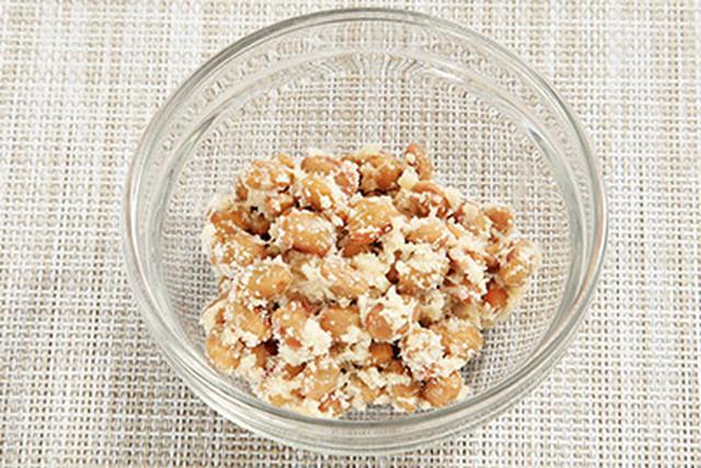 画像: チーズの乳糖と納豆のオリゴ糖がビフィズス菌のエサになる!