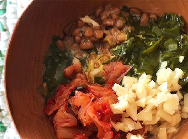 画像: 勝野さんが毎朝食べているメカブ納豆