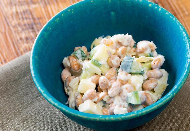 画像: ヨーグルトもどし 炒り大豆とリンゴのサラダ