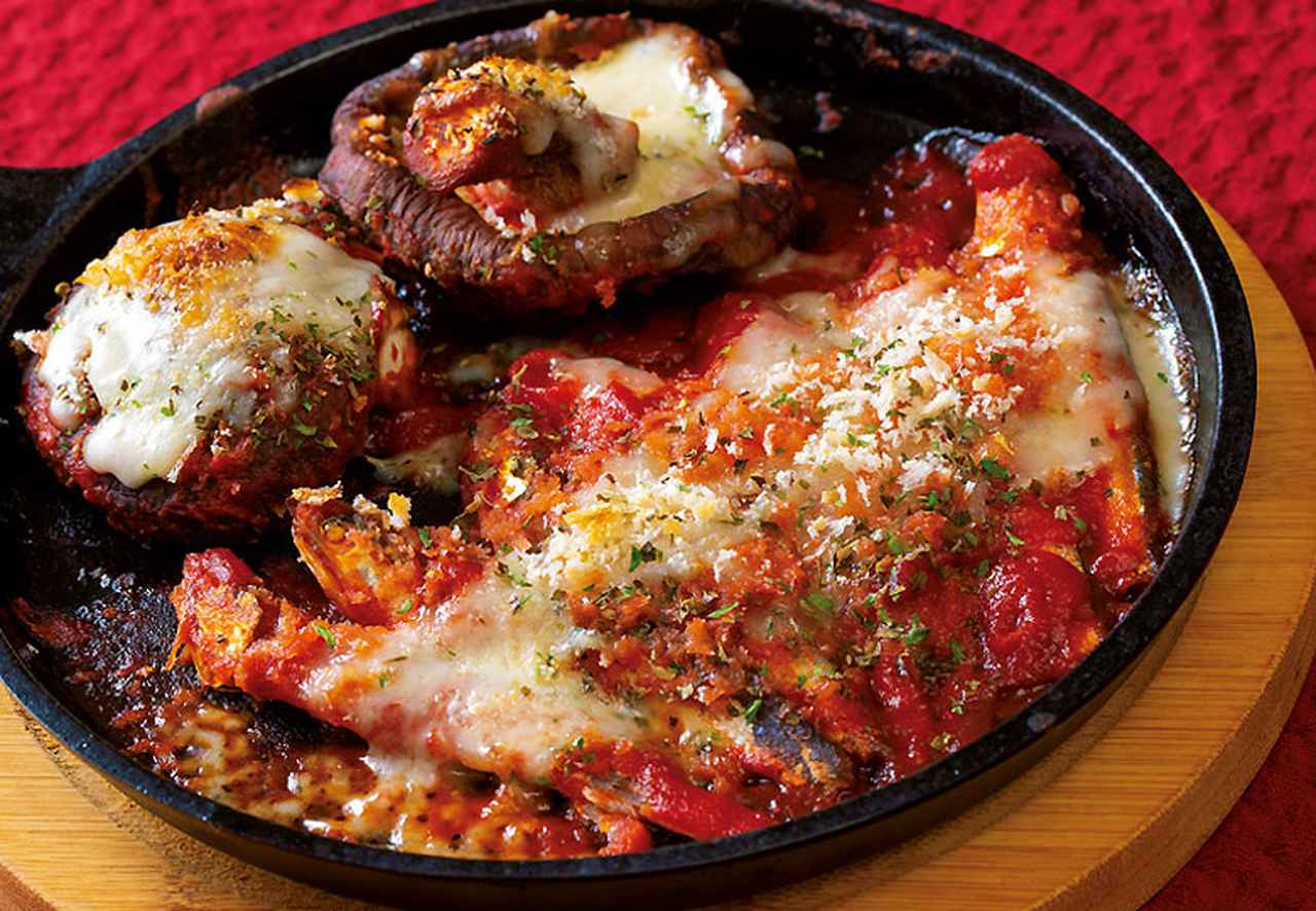 画像: トマトジュースもどし 干しシイタケと煮干しのトマトチーズ焼き