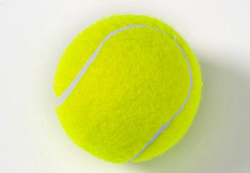 画像: テニスボール刺激のやり方