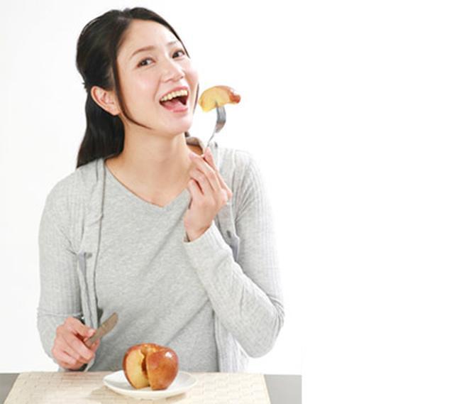 画像: 朝に皮ごと食べるのがポイント!