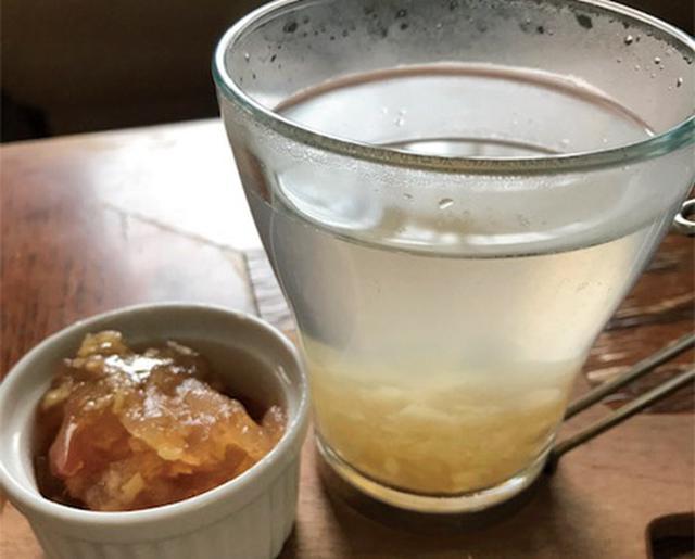 画像: お湯で割って飲めば手軽に体が温まる