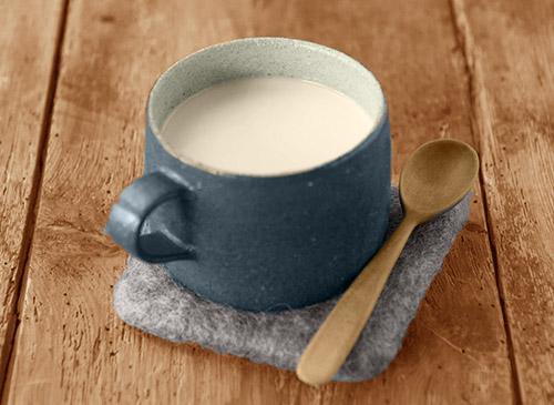 画像: 豆乳+甘酒は松生先生お勧めのドリンク。