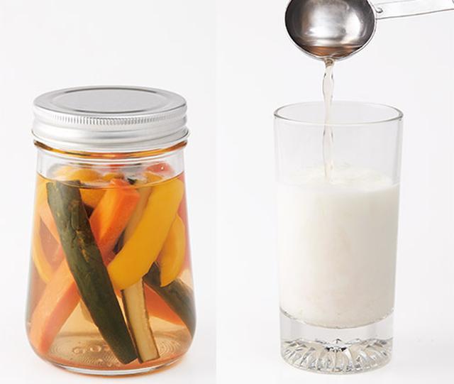 画像: お好みの野菜で簡単に作れるイチゴ酢を使ったピクルス(左) カルシウムの吸収がよくなるイチゴ酢の牛乳割り(右)