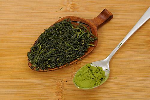 画像: 茶葉ごととれる粉末緑茶がお勧め。