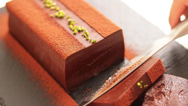 画像: 濃厚テリーヌショコラの作り方 Terrine Chocolat|HidaMari Cooking youtu.be