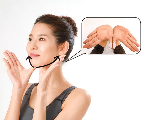 画像7: 首のリンパ流しのやり方