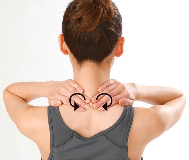 画像11: 首のリンパ流しのやり方