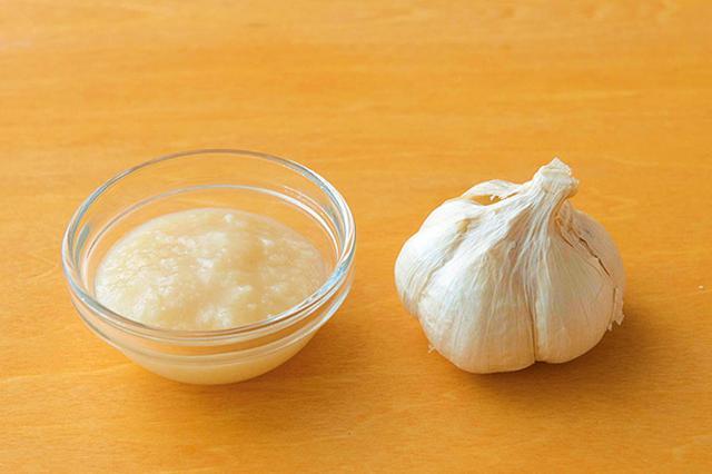 画像1: ニンニク塩麹の作り方