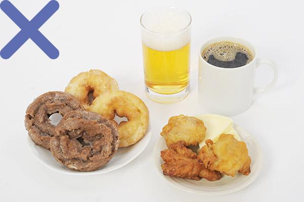 画像1: 【目に良い食生活】網膜の血流をよくするには少食が大事  まずは間食と夜食をやめよう