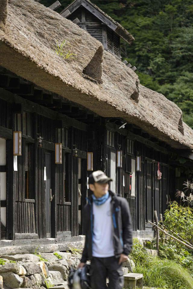 画像: 一生に一度は行きたい秘湯『鶴の湯温泉』でVストロームが本領を発揮する!【スズキのバイク!とツーリング③/東北編】