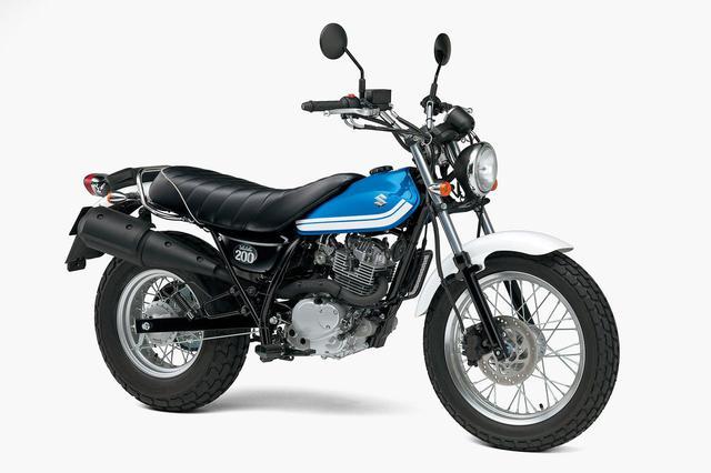 画像3: 写真はスズキ「バンバン200」(2016年モデル)。バンバン200は、乗りやすくて面白いバイクでした。けっこうダートや砂地も得意で、まさに「遊」びに適した一台。カスタムも流行りましたね。そういう意味でも遊べるバイクでした。