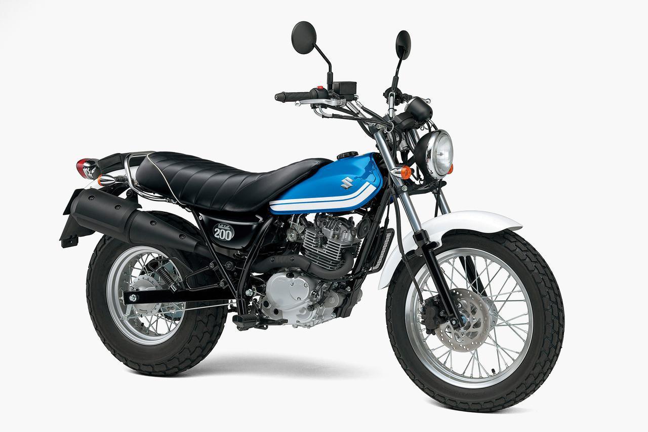 画像1: 写真はスズキ「バンバン200」(2016年モデル)。バンバン200は、乗りやすくて面白いバイクでした。けっこうダートや砂地も得意で、まさに「遊」びに適した一台。カスタムも流行りましたね。そういう意味でも遊べるバイクでした。