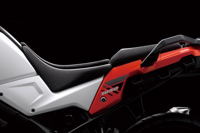 画像4: 価格差は8万8000円。新型『Vストローム1050』と上級モデル『Vストローム1050 XT』は何が違う?【SUZUKI V-Strom1050/装備編】