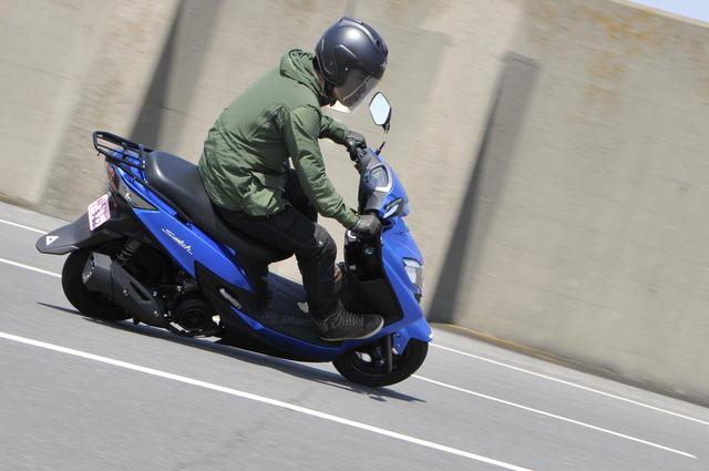 画像1: 軽快で速い! それでいてすっごく安心感があるスズキ「スウィッシュ」