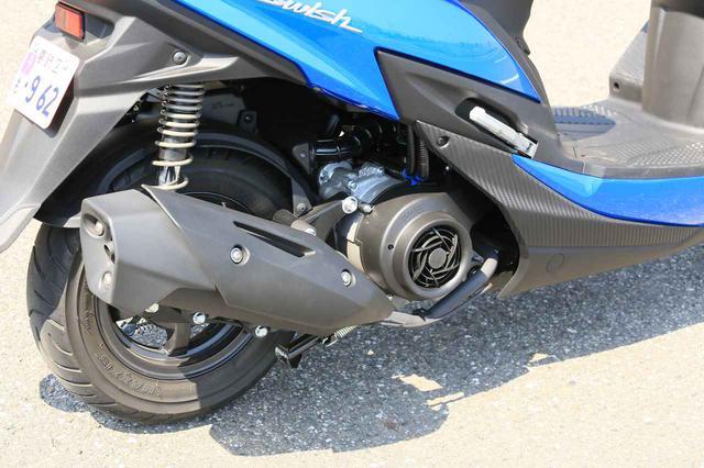 """画像7: 原付二種スクーターの『違いがわかる人』にこそおすすめしたい。この125ccはバイクとして""""こだわり""""の塊です! 【穴が空くまでスズキを愛でる/スウィッシュ 試乗インプレまとめ】"""