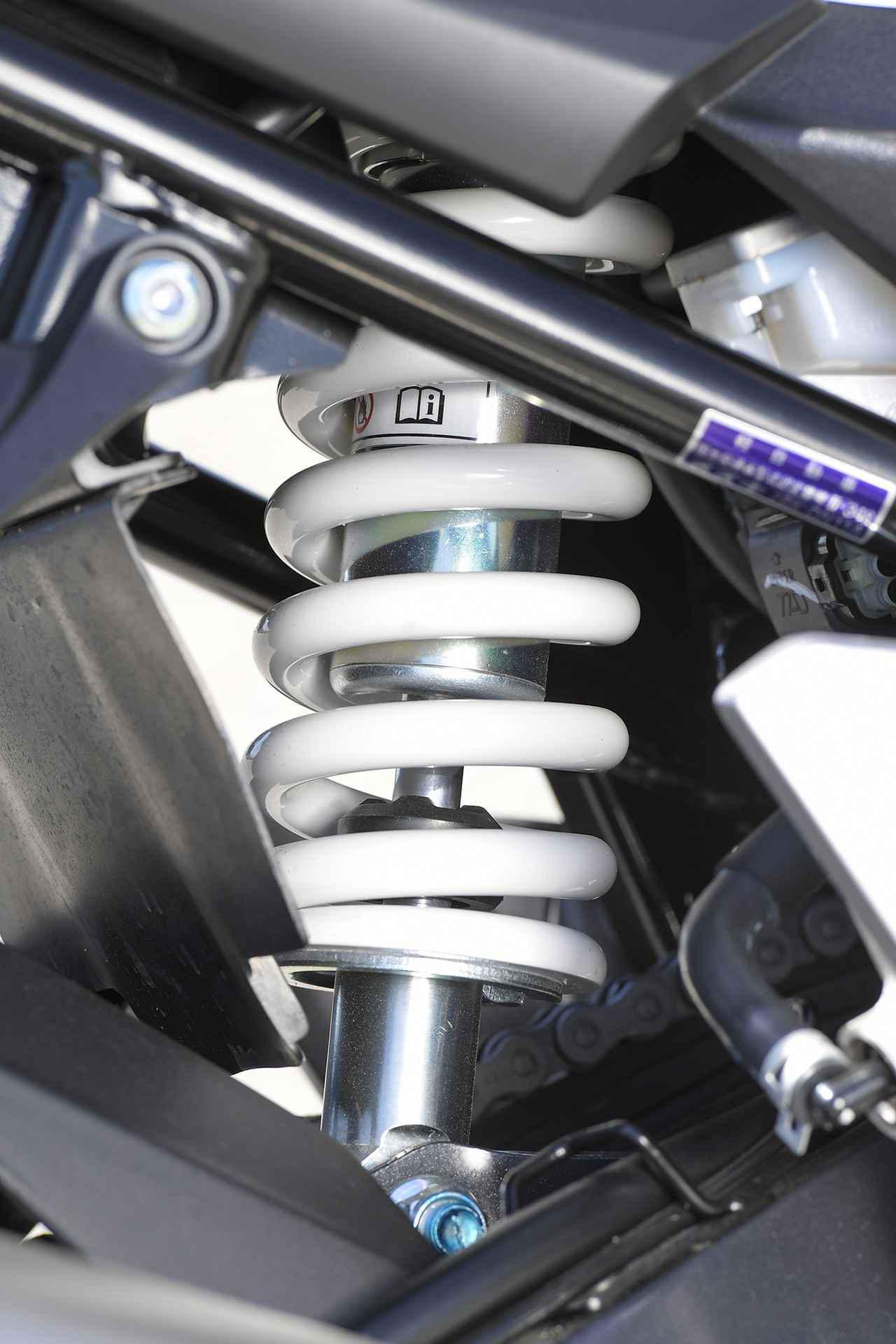 画像2: 《前編》ここにきてスズキのGSX250Rが逆に目立つ! 他の250ccには無い『バイク初心者も自信が持てる理由』って何だ?【SUZUKI GSX250R】