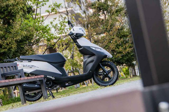 画像: 《解説編》アドレス125の快適&便利装備を検証します! - スズキのバイク!