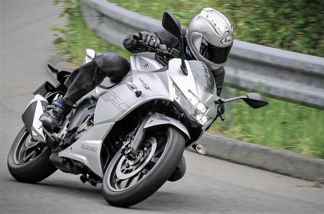 画像2: ジクサーSF250は本当にスポーツバイクか?