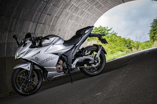 画像1: ジクサーSF250は本当にスポーツバイクか?