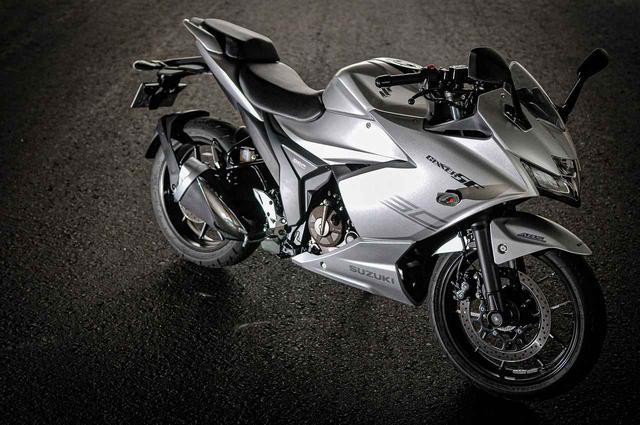 画像: 《解説編》燃費は?足つき性は?新型『ジクサーSF250』のそこが気になる! - スズキのバイク!