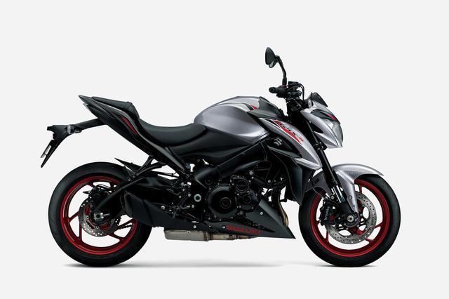 画像2: バイクにはスズキ『GSX-S1000F』をセレクト!