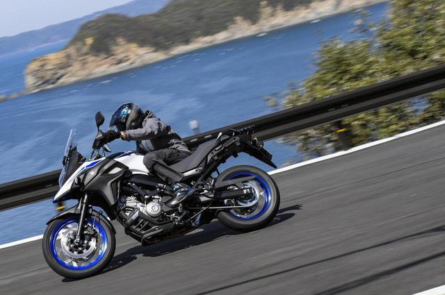 画像: 《一般道極楽編》同じエンジンのSV650と何が違う? スズキ『Vストローム650 XT』最大の武器が見えてきた! - スズキのバイク!