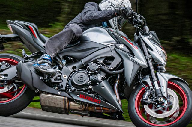 画像: GSX-S1000は150馬力の世界を身近にした