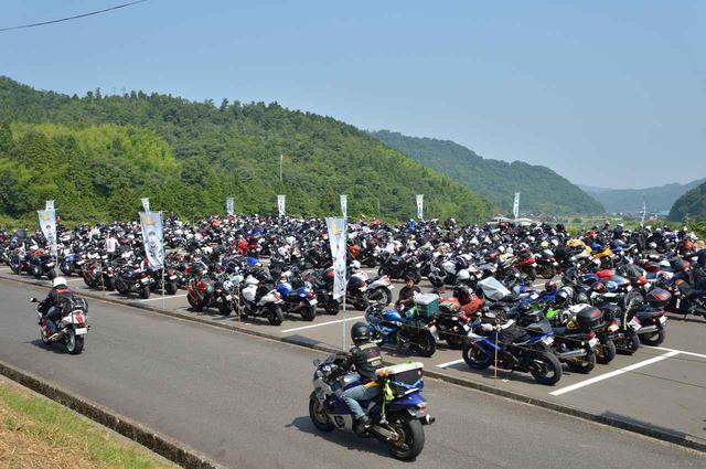 画像: 隼ファン、そしてバイク乗りのみなさん2021年に会いましょう!