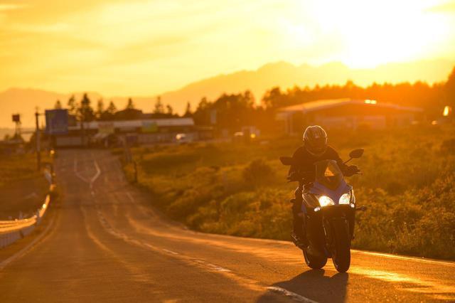画像: 有名『峠』十番勝負《麦草峠~霧ヶ峰編》 - スズキのバイク!