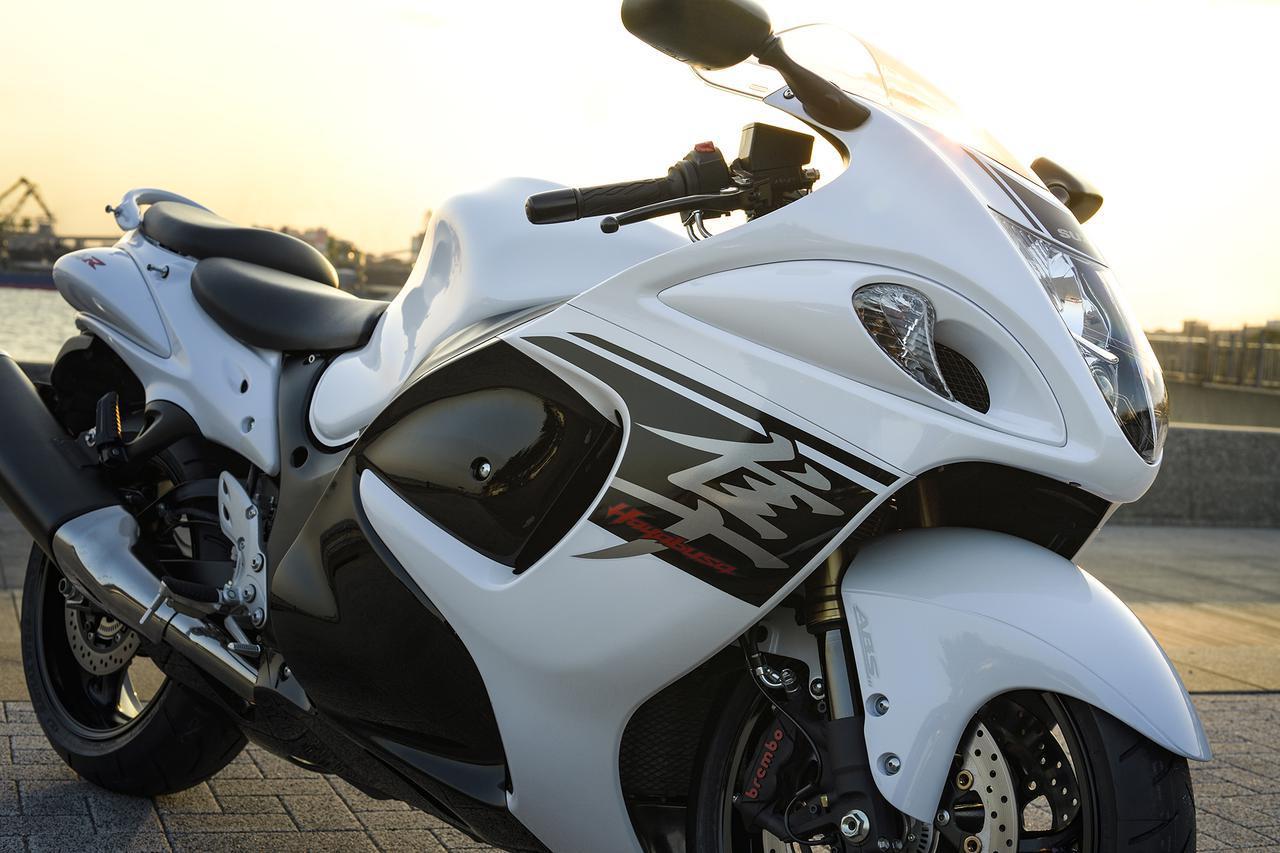 画像: 【クイズ】スズキの『隼』が果てしなく偉大だと思える理由 - スズキのバイク!