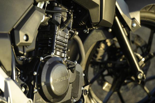 画像2: Vストローム250の快適性は250ccのバイクとは思えない
