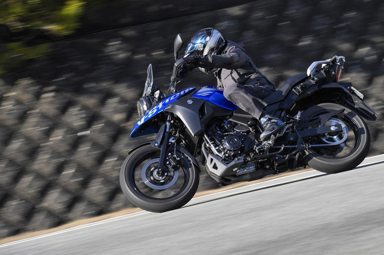 """画像: 250ccの中でもスズキ『Vストローム250』ほど""""ゆっくり""""走りたくなるバイクは他にない - スズキのバイク!"""