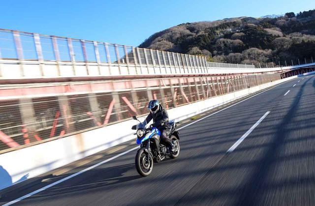 画像1: Vストローム250の快適性は250ccのバイクとは思えない