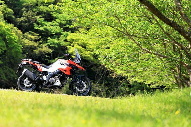 画像: 【Vストローム1050まとめ】足着きや機能などを細かく解説! - スズキのバイク!
