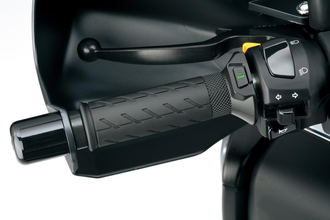 """画像3: 《高速&タンデム編》バーグマン400の""""400ccスクーター""""ならではの快適性は、街乗りよりもツーリングが本領?【個人的スズキ最強説/SUZUKI BURGMAN400 試乗インプレその③ 】"""