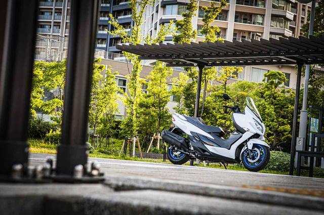 画像5: 400ccグランツーリスモと言えるスズキのバーグマン400