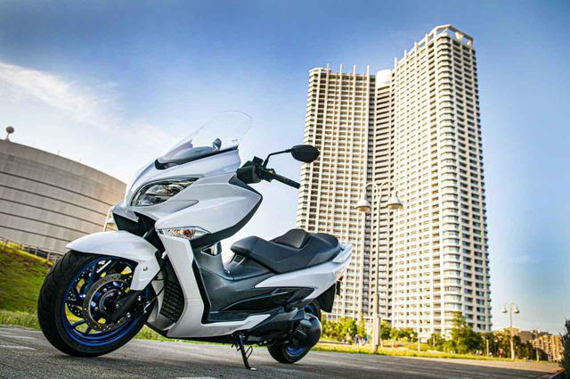 画像1: 街乗りの使いやすさを向上させつつ、400ccバイクとしてスポーティな走りも!