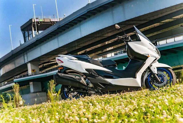 画像1: 400ccグランツーリスモと言えるスズキのバーグマン400