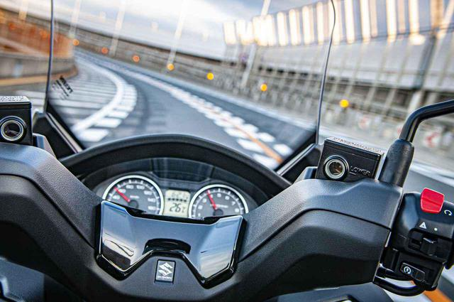 画像6: 街乗りの使いやすさを向上させつつ、400ccバイクとしてスポーティな走りも!