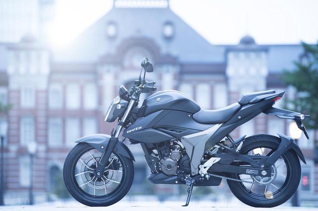 画像: スズキ新型『ジクサー250』はフルカウルの『ジクサーSF250』と同じじゃない!