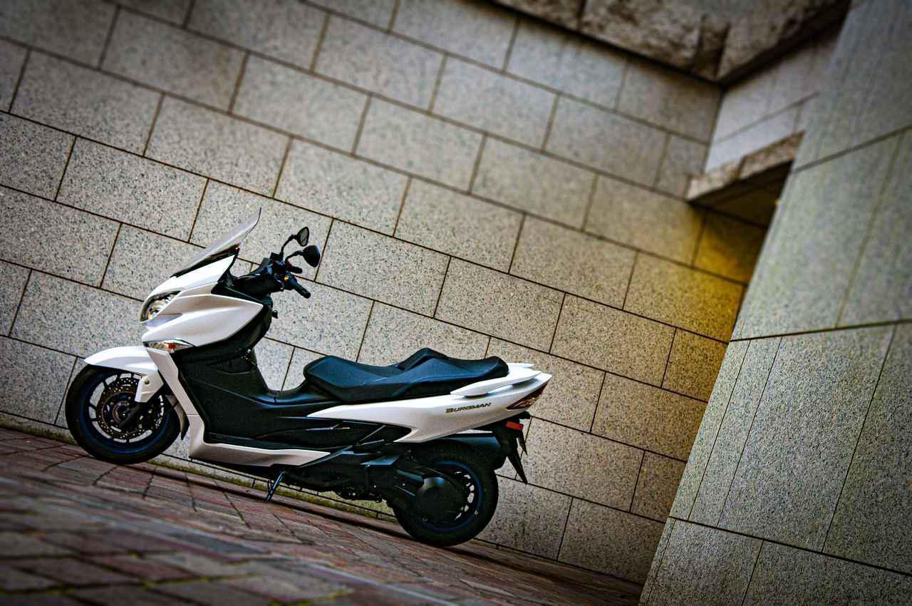 画像1: ビッグスクーターだって、400ccなら遠くへ出かけられる!
