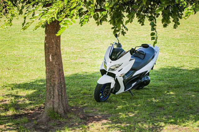 画像2: ビッグスクーターだって、400ccなら遠くへ出かけられる!
