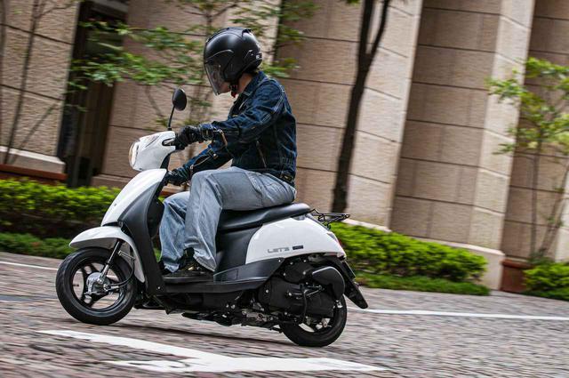 画像2: バイク初心者でも安心できる50cc原付スクーター