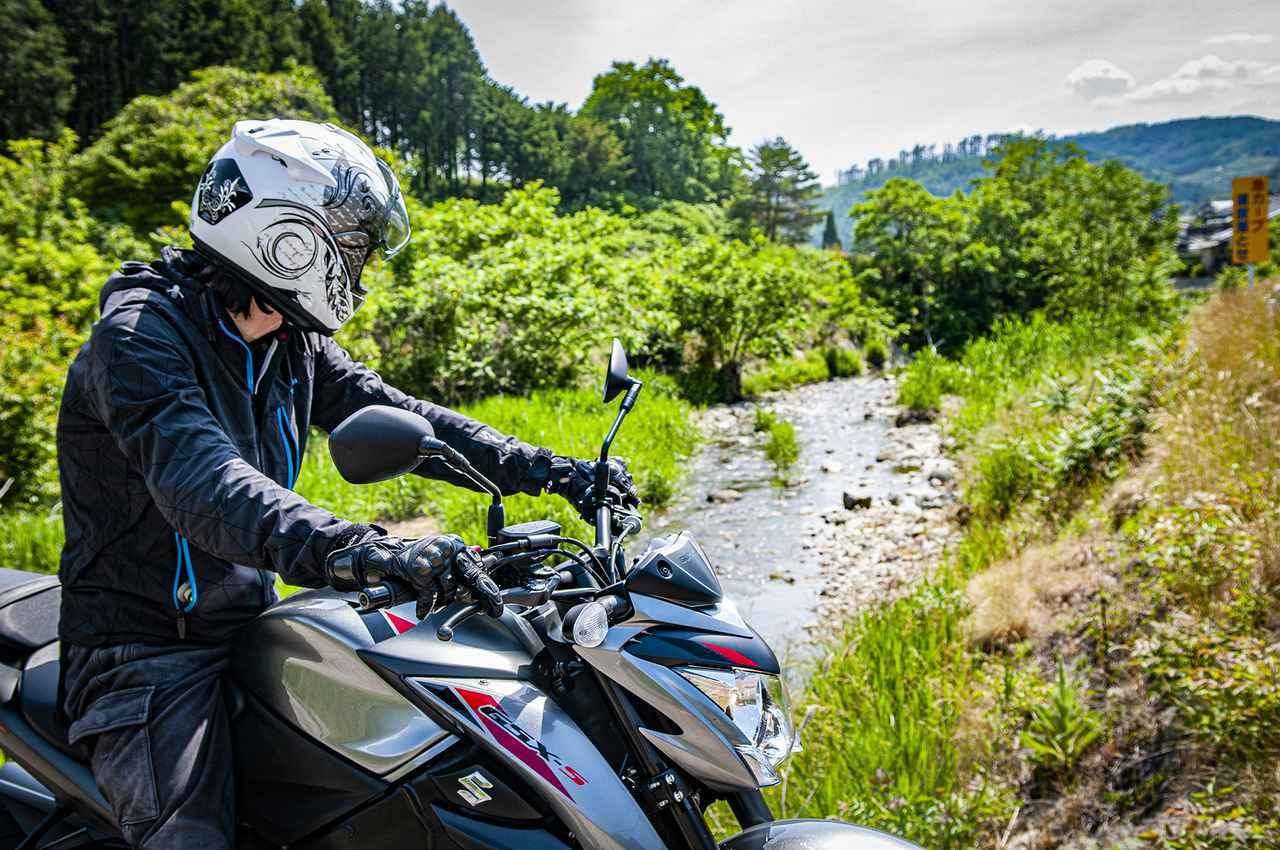 画像: 【最強コスパ】走りが本気すぎる大型バイク『GSX-S1000』でのツーリングは修行なのか? - スズキのバイク!