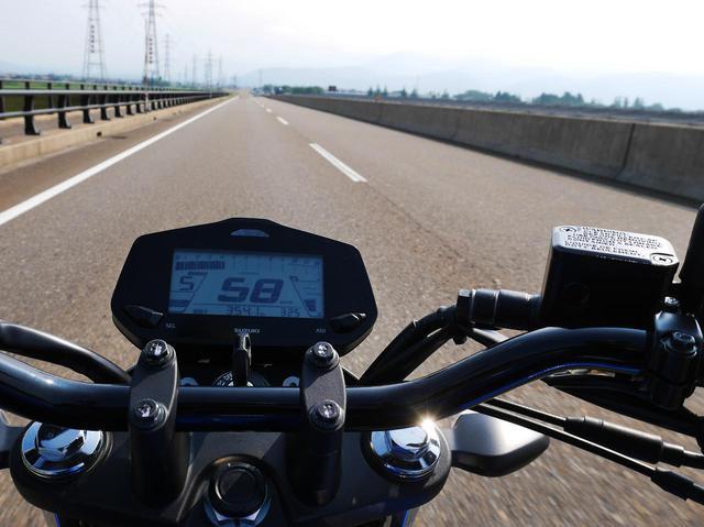 画像2: 5速4000回転あたり。時速60kmフラットのジクサーは……