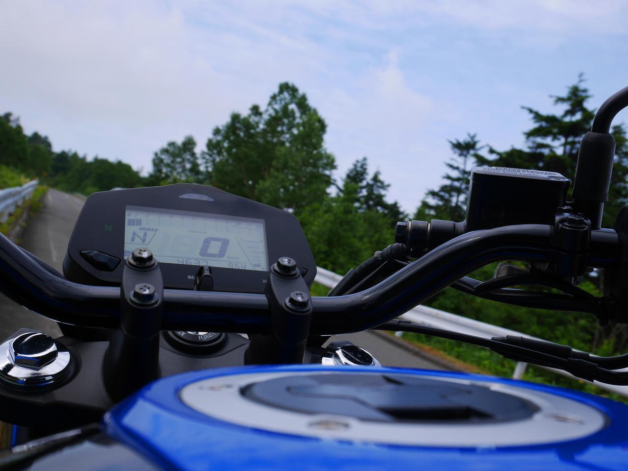 画像2: 燃費王『ジクサー150』でも、やはり上り坂はキツかった!