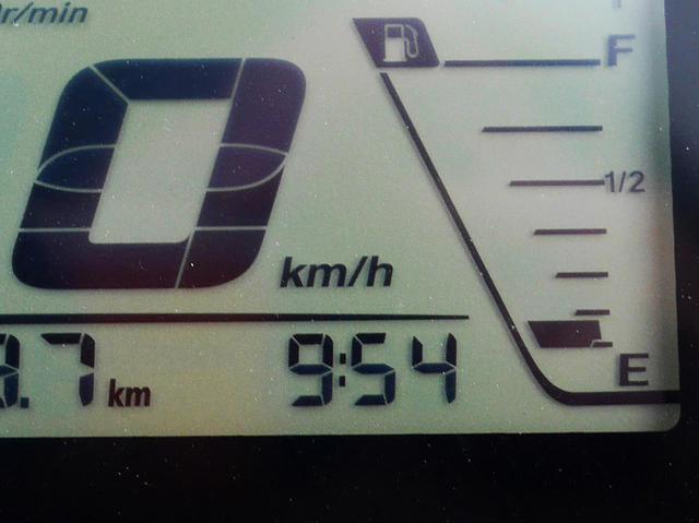 画像1: 燃費チャレンジ最終回! ジクサー150の『最後の粘り』がありえないレベル。最終的にスズキの150ccバイクは何キロ走った?【SUZUKI/GIXXER 150 試乗インプレ⑥】